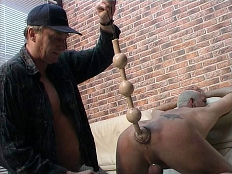 Gay Fetish Sex : Big line of huge anal beads fits into homo submissive!