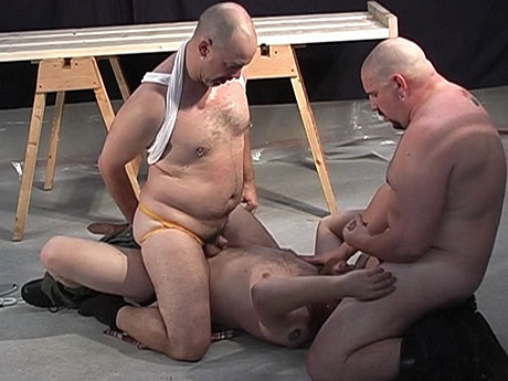 Gay Bears Hairy : TWO hairy mens for one ass�!
