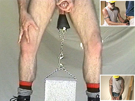 014 Mature daddy uses ball agony to receive off