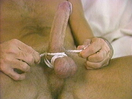 051 Aged gay stud playing with his testicles and rope