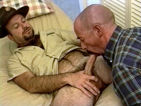 Gay Bears Hairy : Josh and Steve – Lustful aged bears engulf and fuck!